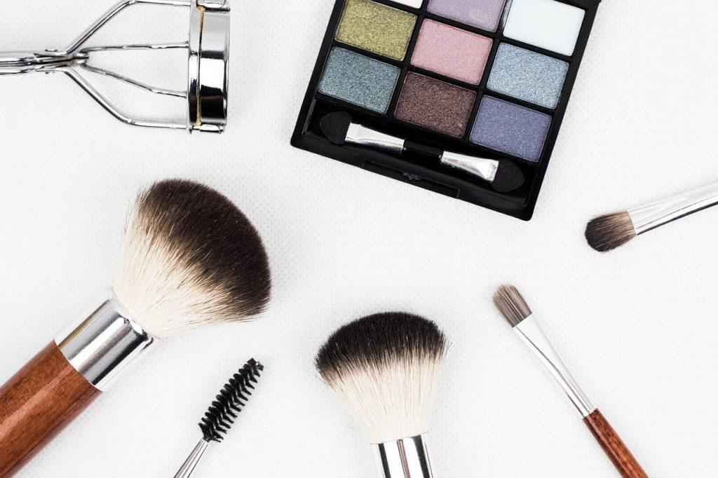 makeup-artia